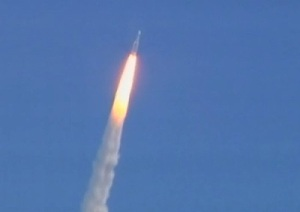Ariane 5 lifts off with Herschel and Planck on board.  Image Credit:  ESA